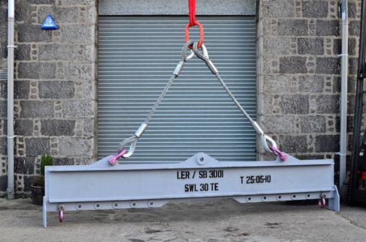 Overhead Gantry Crane Training Aberdeen : Lifting equipment rental aberdeen scotland and uk